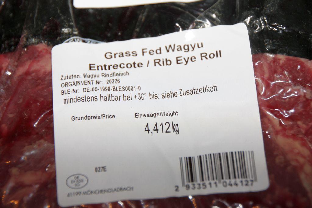 Ganz und zu Extrem Wagyu Ribeye aus der Metro | Grillforum und BBQ - www #NR_33