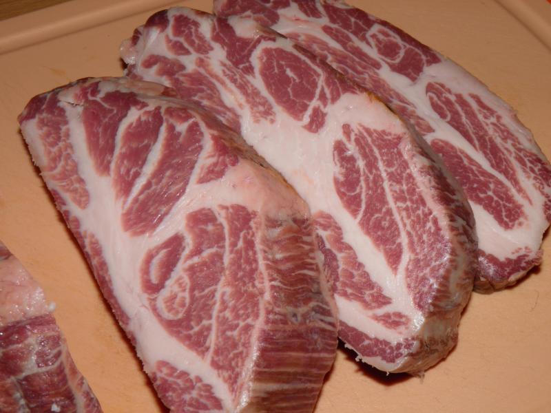 steaks vom iberico schwein grillforum und bbq. Black Bedroom Furniture Sets. Home Design Ideas
