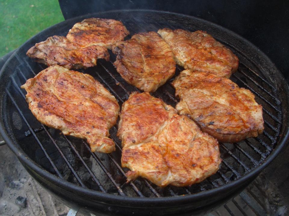 02-steaks.jpg