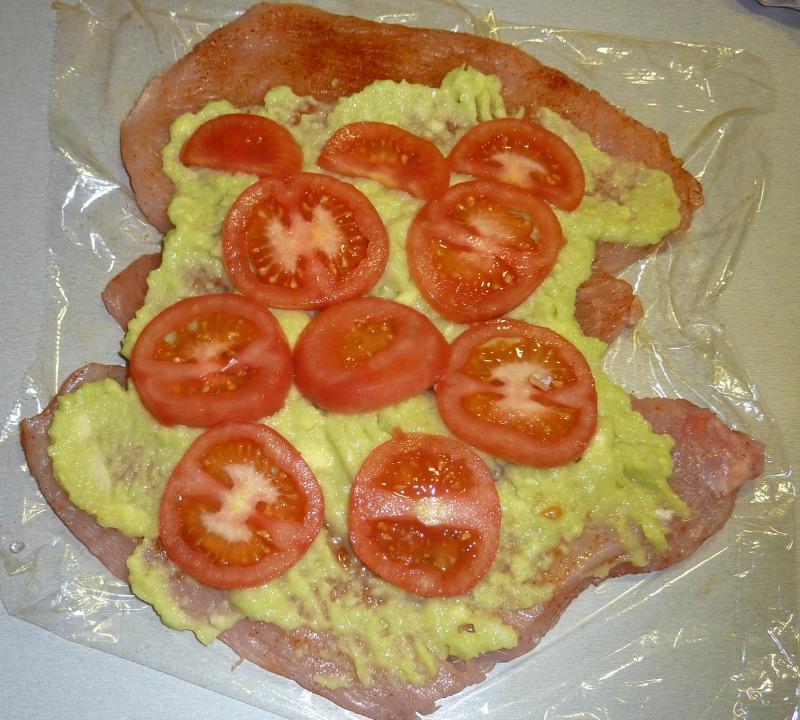 02_Fleisch-mit-Avocado+Tomate.jpg