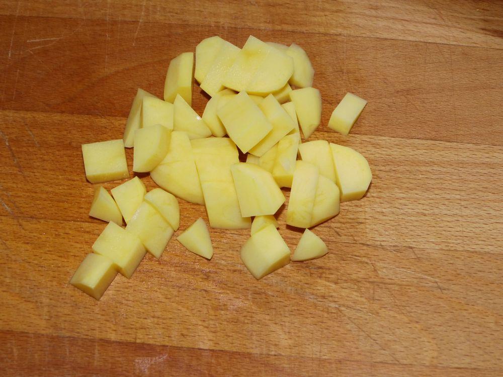 03_Kartoffeln_grob_geschnitten.jpg