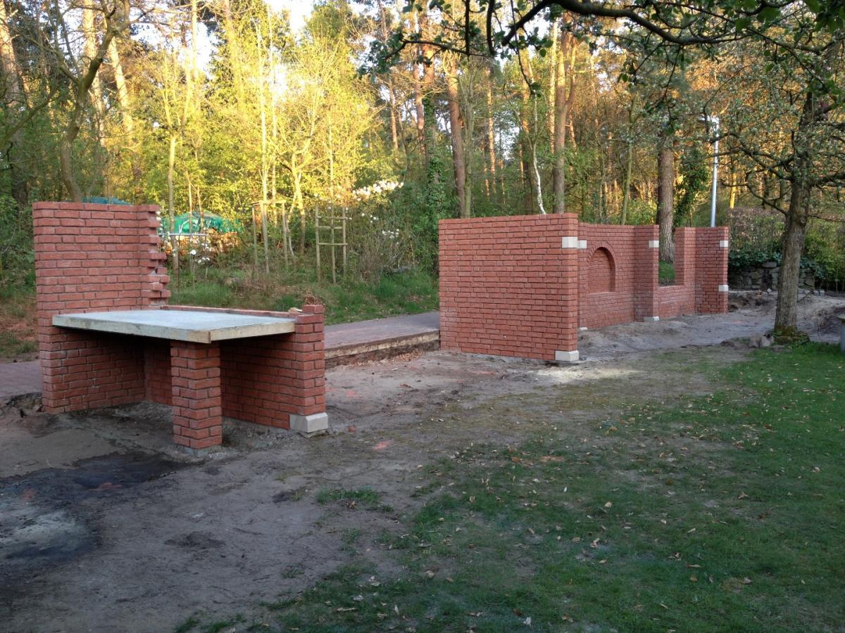 Sommerküche Bauanleitung : Holzbackofen mit dem bagger in den garten grillforum und bbq