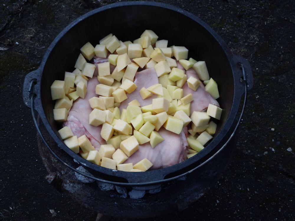 08_Kartoffeln_und_Steckrübe_dazwischen.jpg