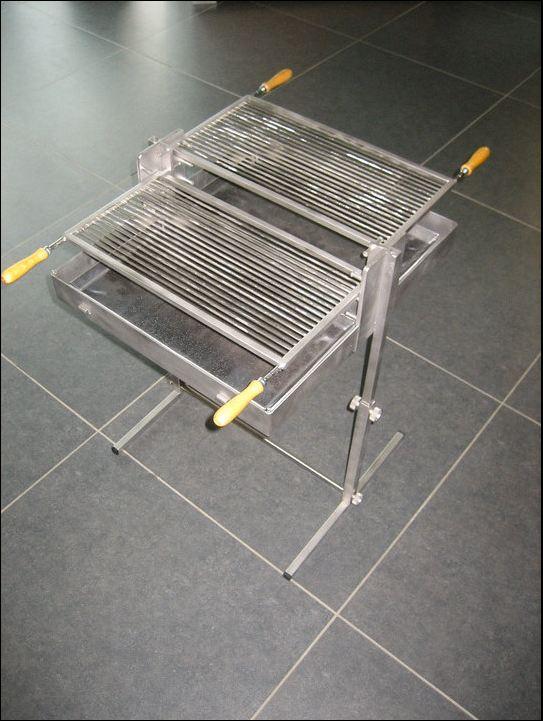 koffergrill f r unterwegs grillforum und bbq. Black Bedroom Furniture Sets. Home Design Ideas