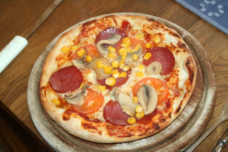 1.Pizza zu wenig Oberhitze.jpg
