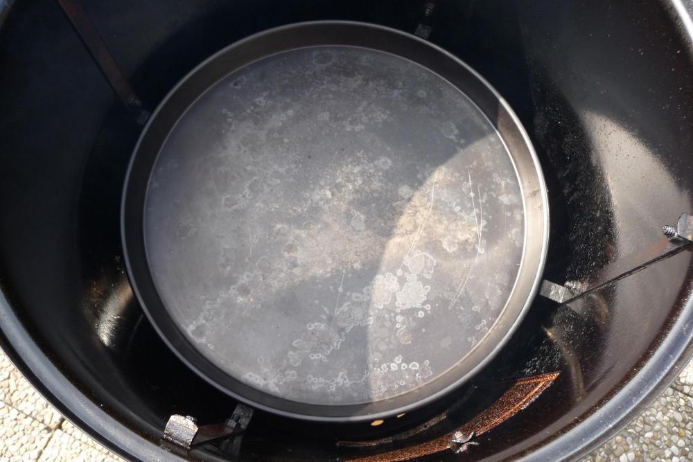 weber smokey mountain cooker sand oder wasser grillforum und bbq. Black Bedroom Furniture Sets. Home Design Ideas