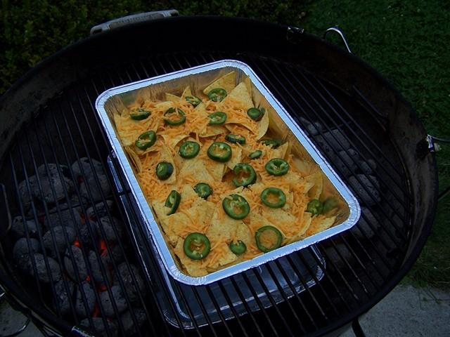 so ungesund wie m glich wochenende armadillo eggs mit nachos grillforum und bbq www. Black Bedroom Furniture Sets. Home Design Ideas