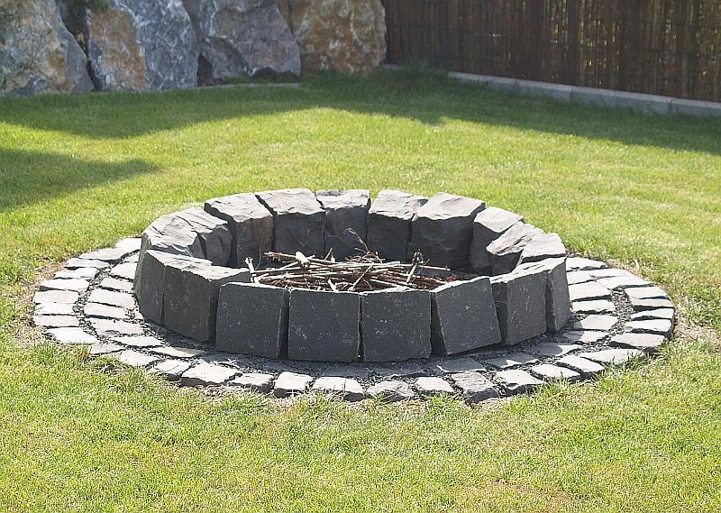 Welche Steine für die Feuerstelle? | Grillforum und BBQ - www ...