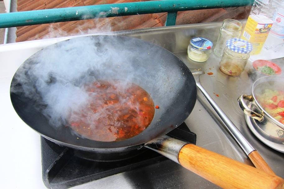 11 - Sauce kochen.jpg