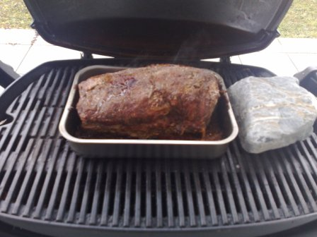 Pulled Pork Gasgrill Q 220 : Pulled pork im weber q grillforum und bbq