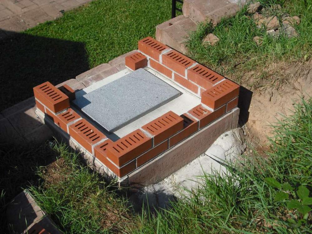12-Granitplatte-Boden-ungeteilt.jpg