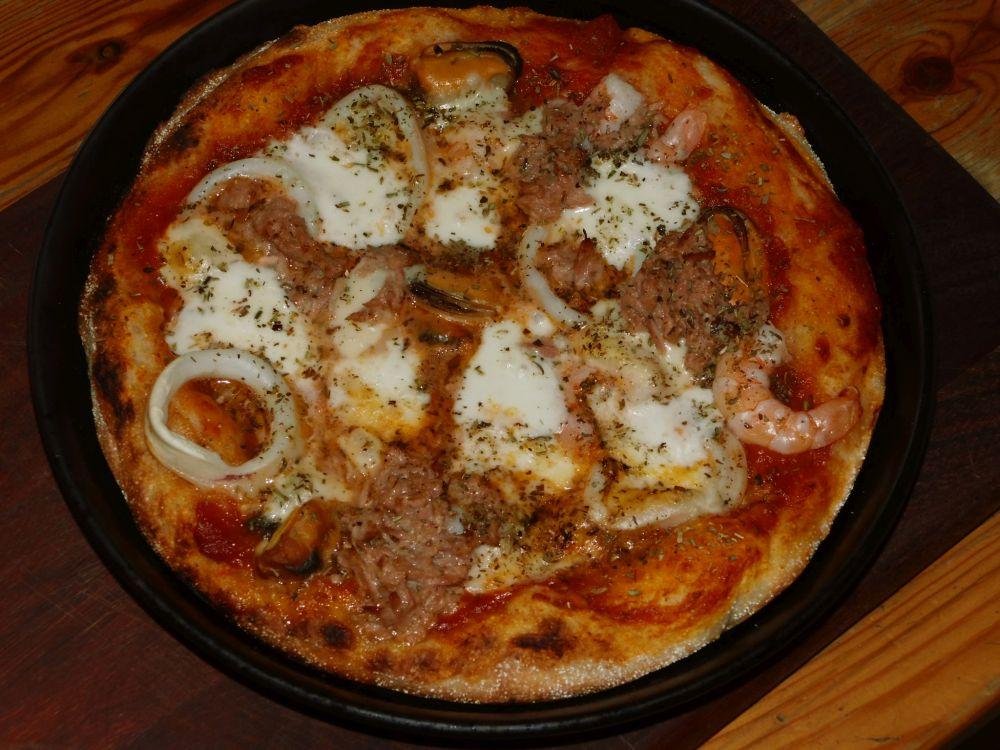 12_Pizza_fertig.jpg