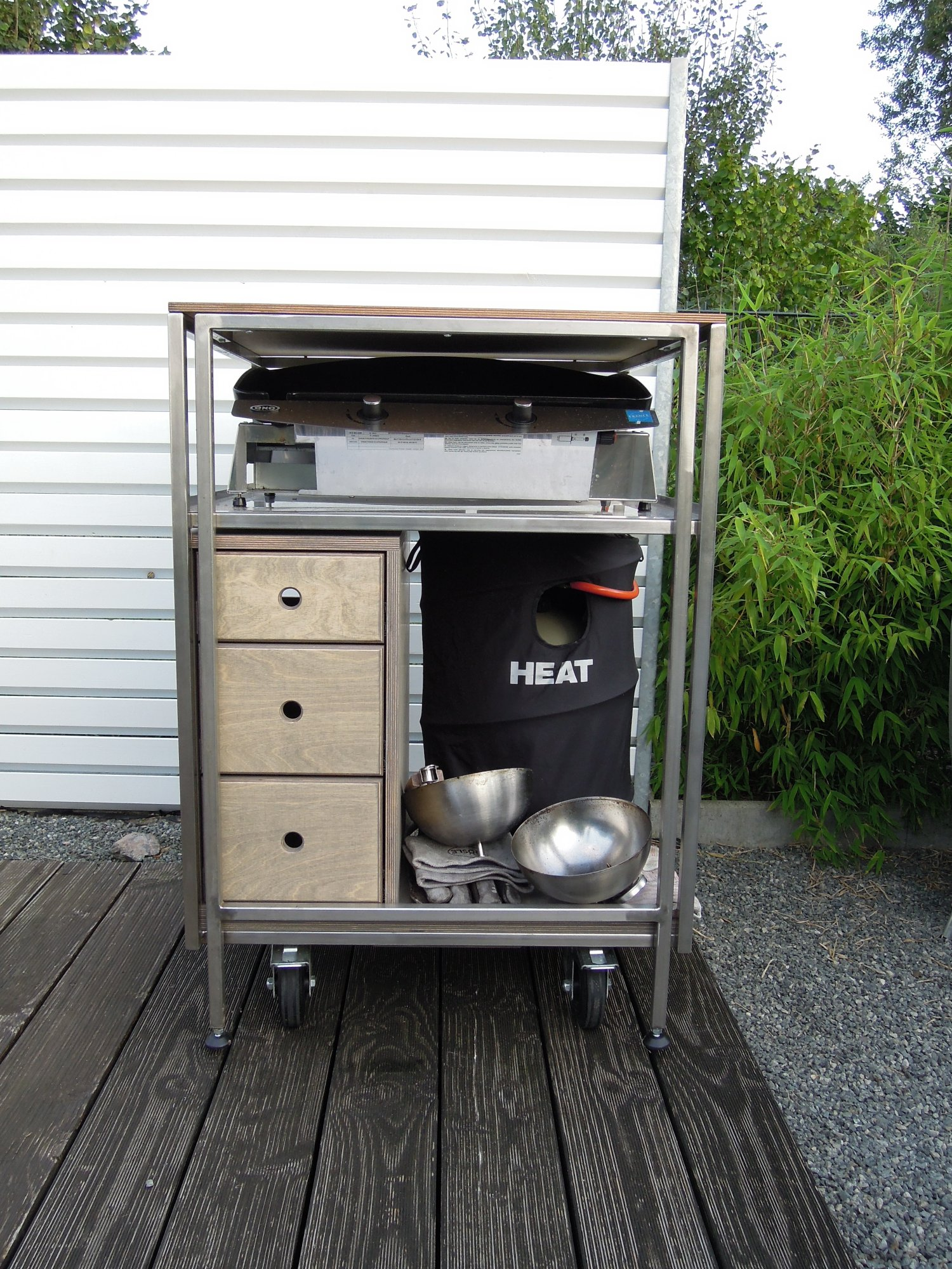 2 au enk chen module mit v2a rahmen hpl holz mit napoleon eno plancha sp le k hlschrank. Black Bedroom Furniture Sets. Home Design Ideas