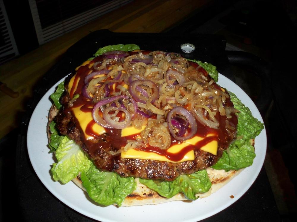 xxl burger auf dr baustelle grillforum und bbq. Black Bedroom Furniture Sets. Home Design Ideas