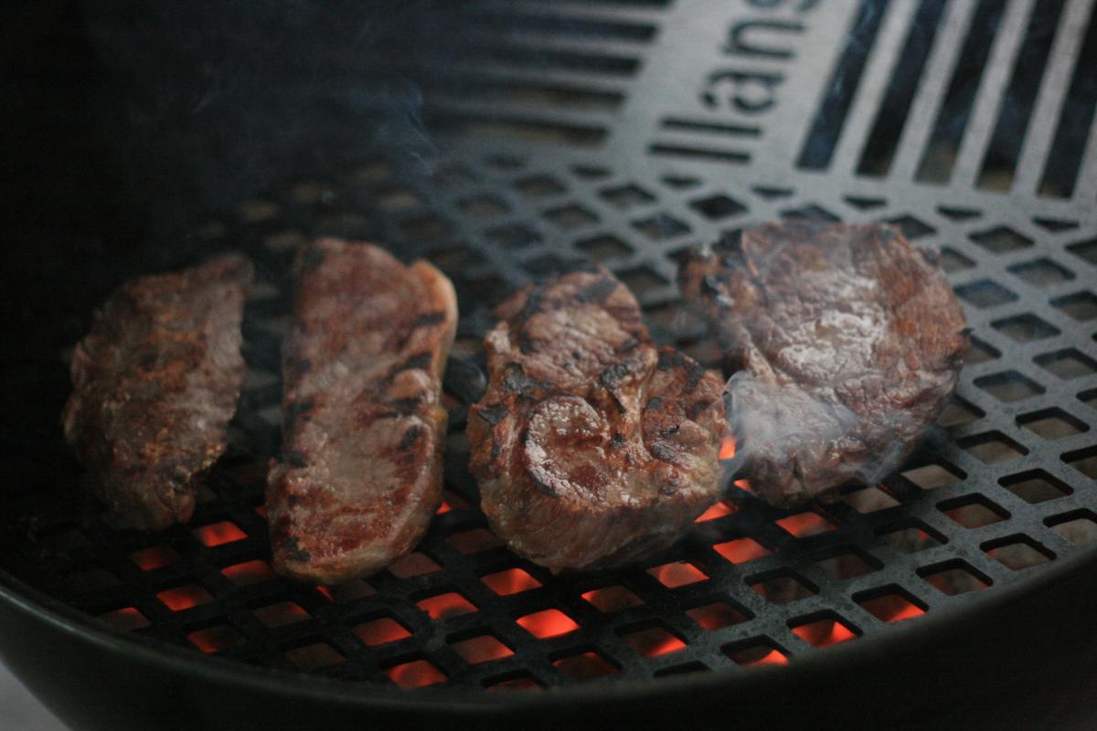 14-Steaks.jpg