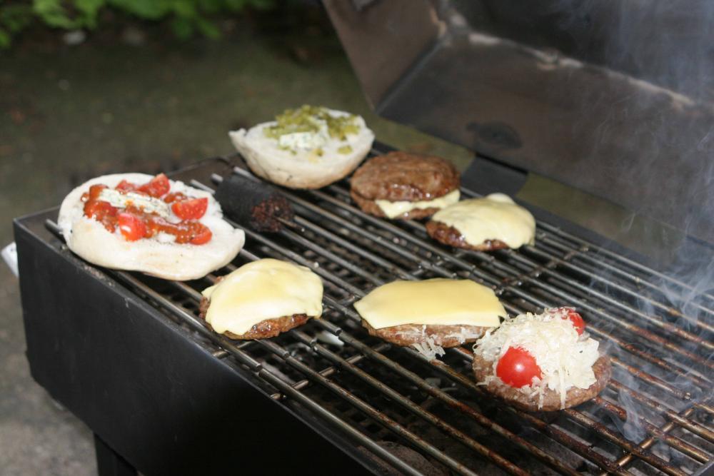 15 Burger mit Käse.jpg