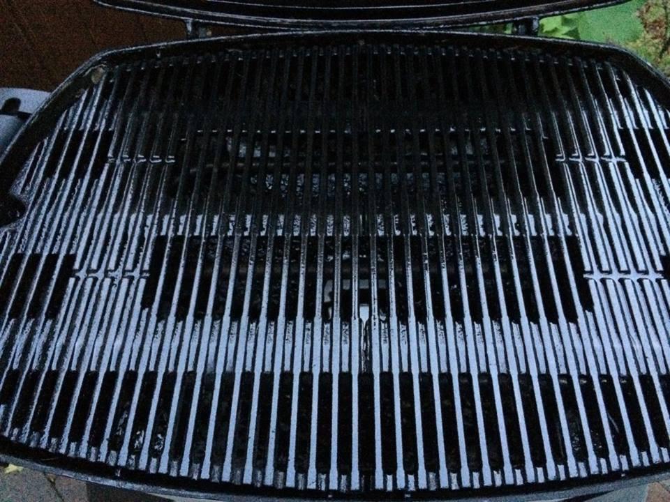 Weber Elektrogrill Forum : Weber q2400 beschichtung abgelöst grillforum und bbq www