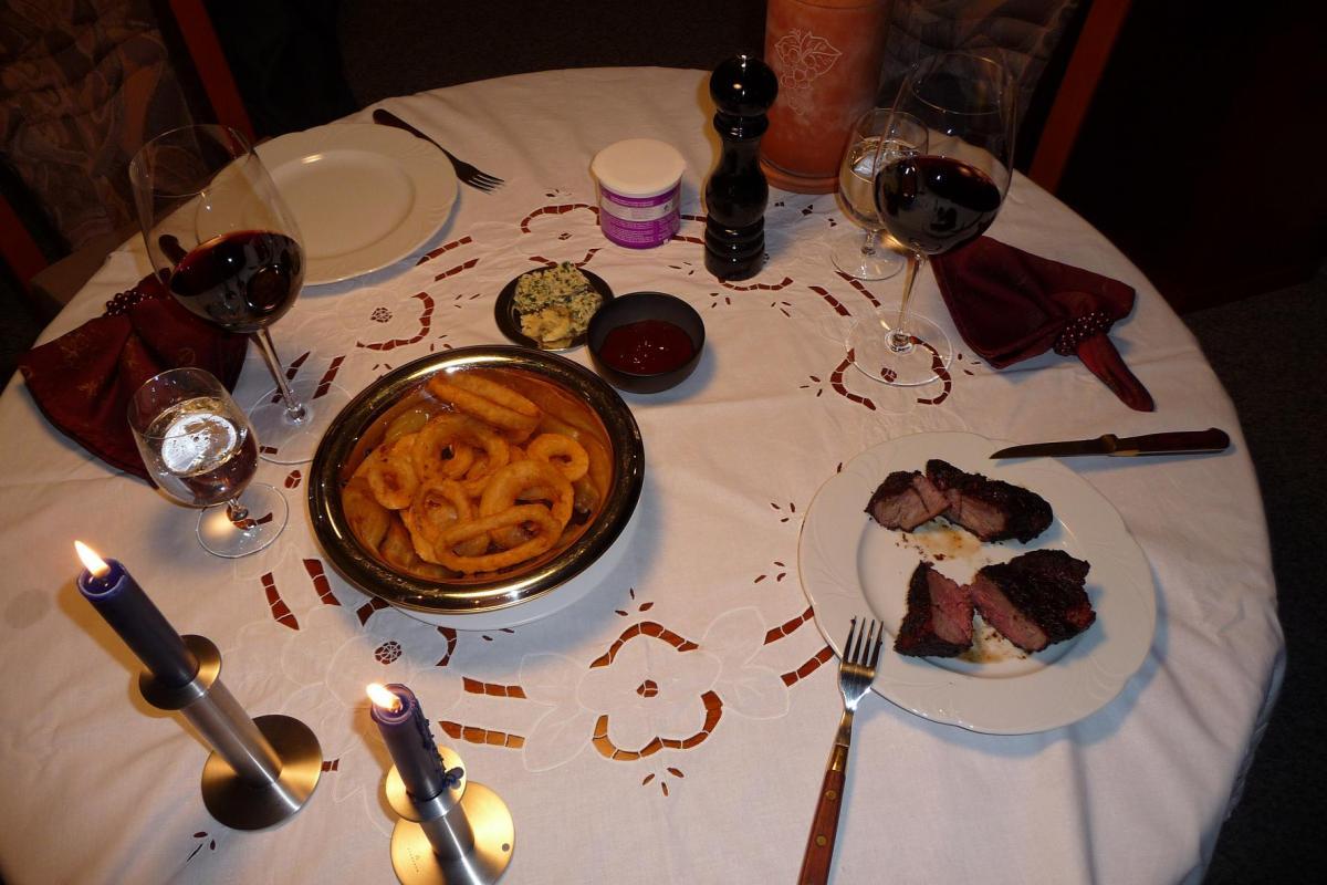 how to cook striploin steak bbq