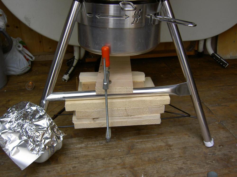weber kugel anti wackel tuning grillforum und bbq. Black Bedroom Furniture Sets. Home Design Ideas