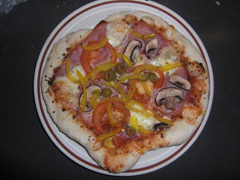 2013-02-Erste Pizza (14).JPG