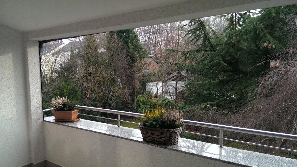 rauchentwicklung auf dem balkon grillforum und bbq. Black Bedroom Furniture Sets. Home Design Ideas