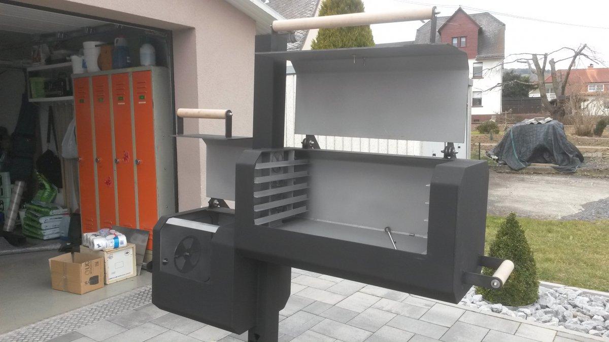 neubau reversflow smoker 8 eckig seite 3 grillforum. Black Bedroom Furniture Sets. Home Design Ideas