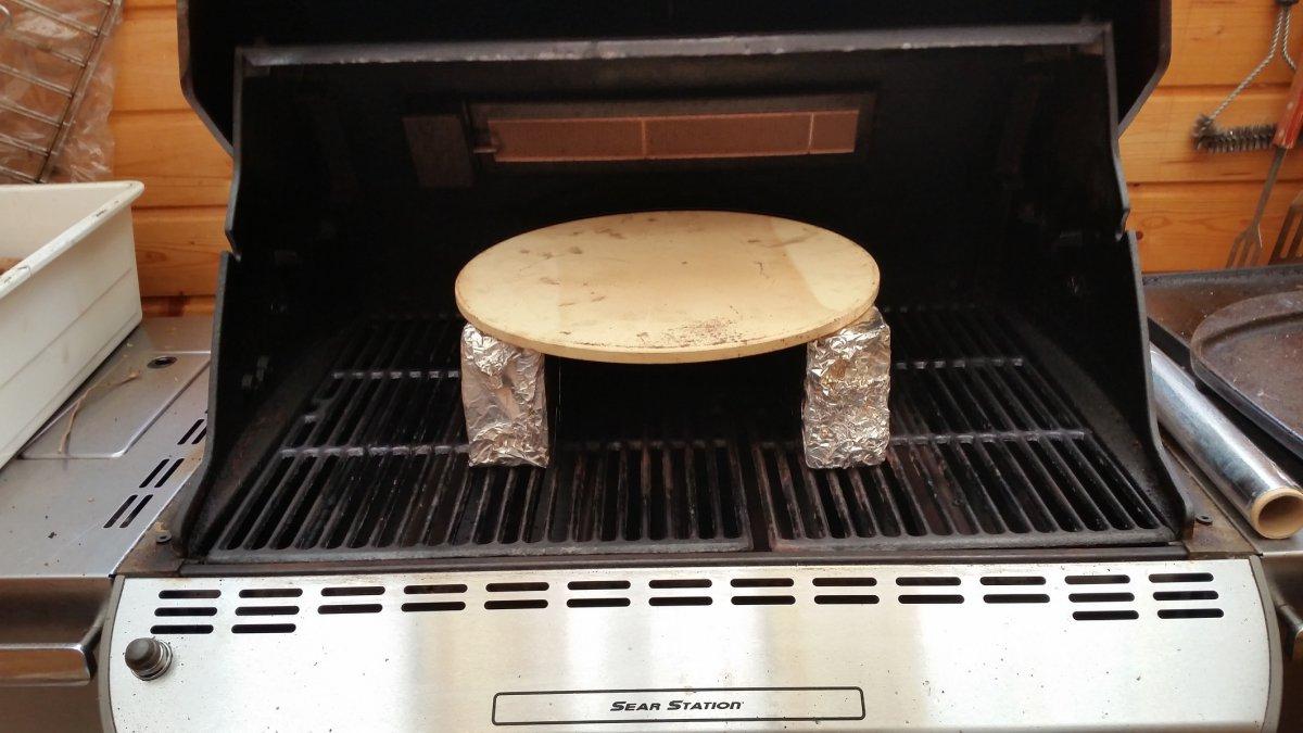 Weber Elektrogrill Pizza Backen : Pizza vom grill mit dem moesta smokin`pizzaring bbq highlander