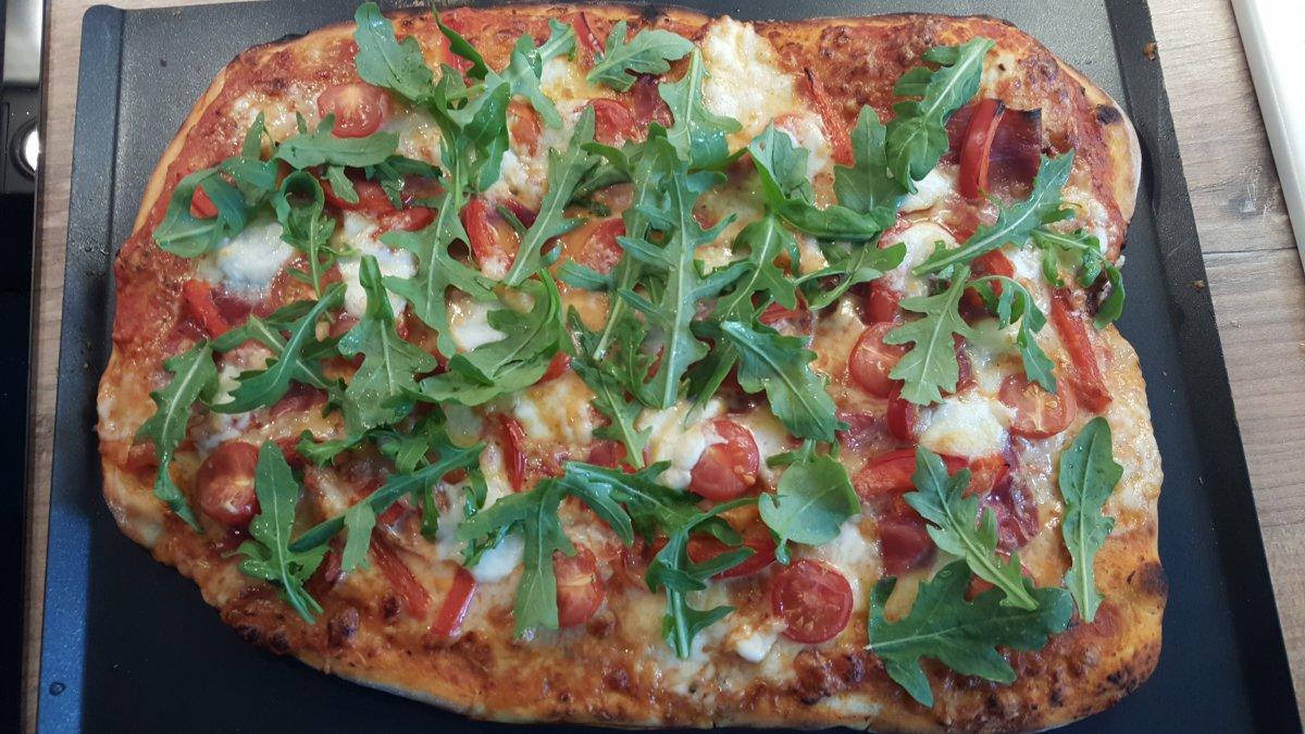 Rösle Gasgrill Pizza : Flammkuchen vom gasgrill flammkuchen selber grillen