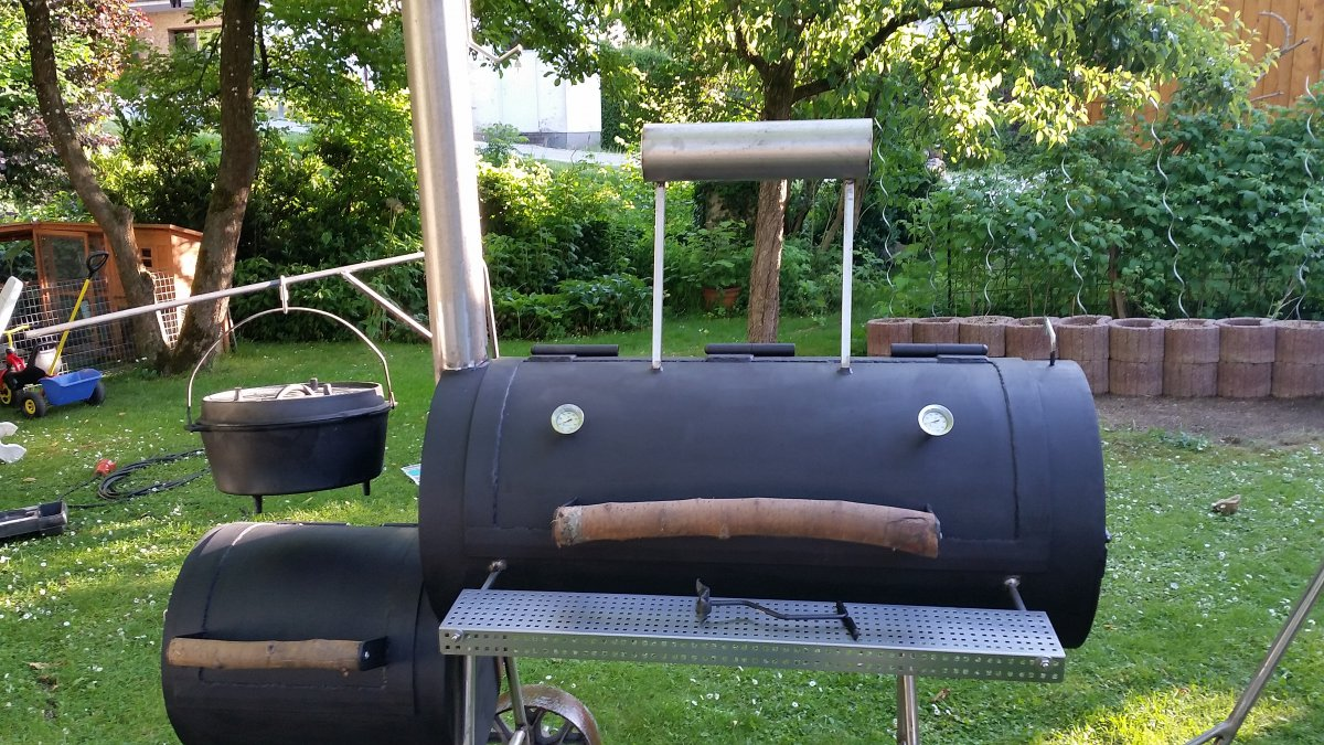 Verkauft verkauf smoker 20 zoll reverse mit dutch oven for Beistelltisch zum grillen
