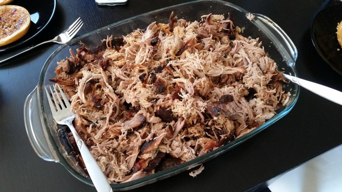 Gsv Pulled Pork Gasgrill : Pulled pork vom gasgrill grillforum und bbq