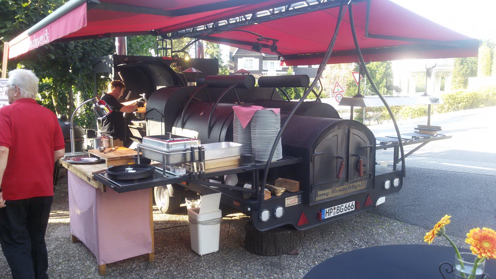 Smoker Buffet im Burggraf Bräu   Grillforum und BBQ - www ...