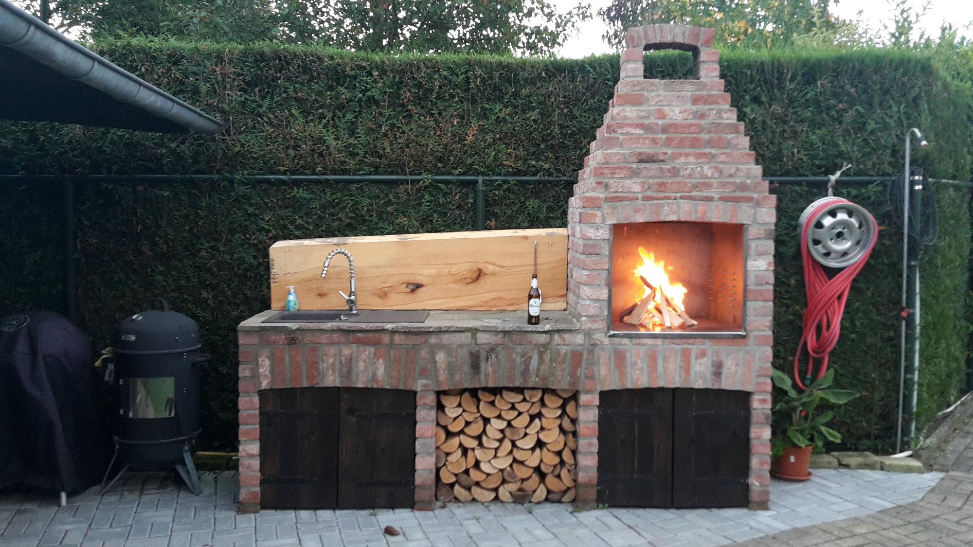 Outdoorküche Weber Q1200 : Rotisserie einbauen in outdoor küche grillforum und bbq www