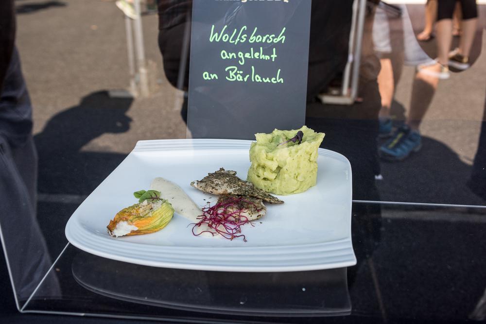 21. Deutsche Grillmeisterschaft, Fulda - Wolfsbarsch-22.jpg