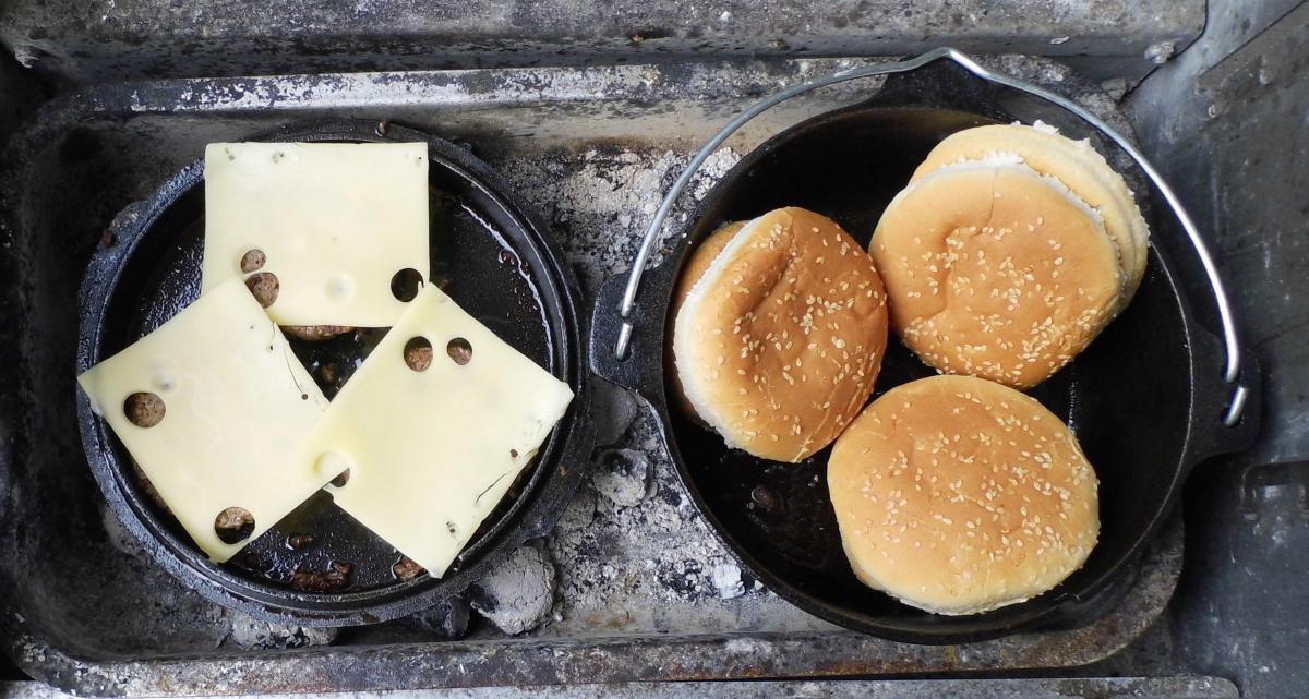24-Käse_und_Buns.jpg