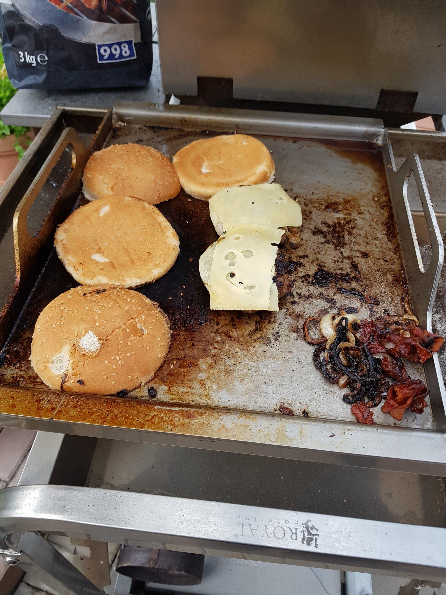 3 Burgerversuch1.jpg