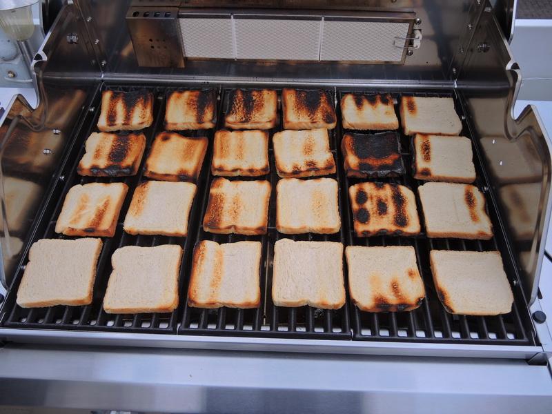 Enders Gasgrill Turbo Zone : Toastbrottest zur bestimmung der hitzeverteilung beim gasgrill