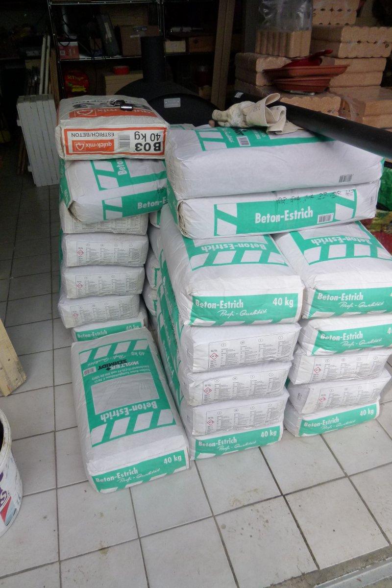 estrich beton 40 kg prix garantie beton estrich 40 kg pulver baustoffe trass naturstein. Black Bedroom Furniture Sets. Home Design Ideas