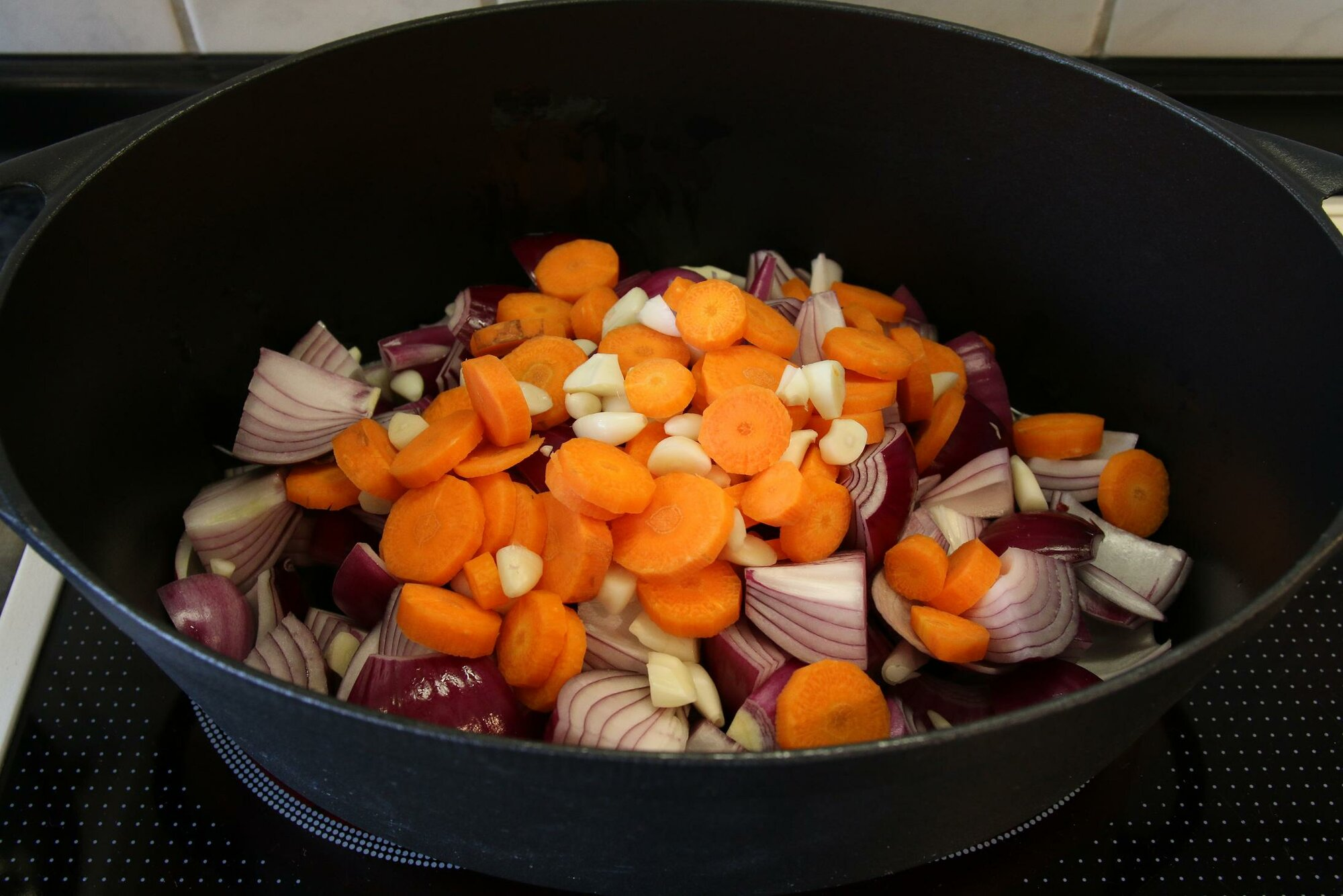 6 Gemüse anbraten.JPG