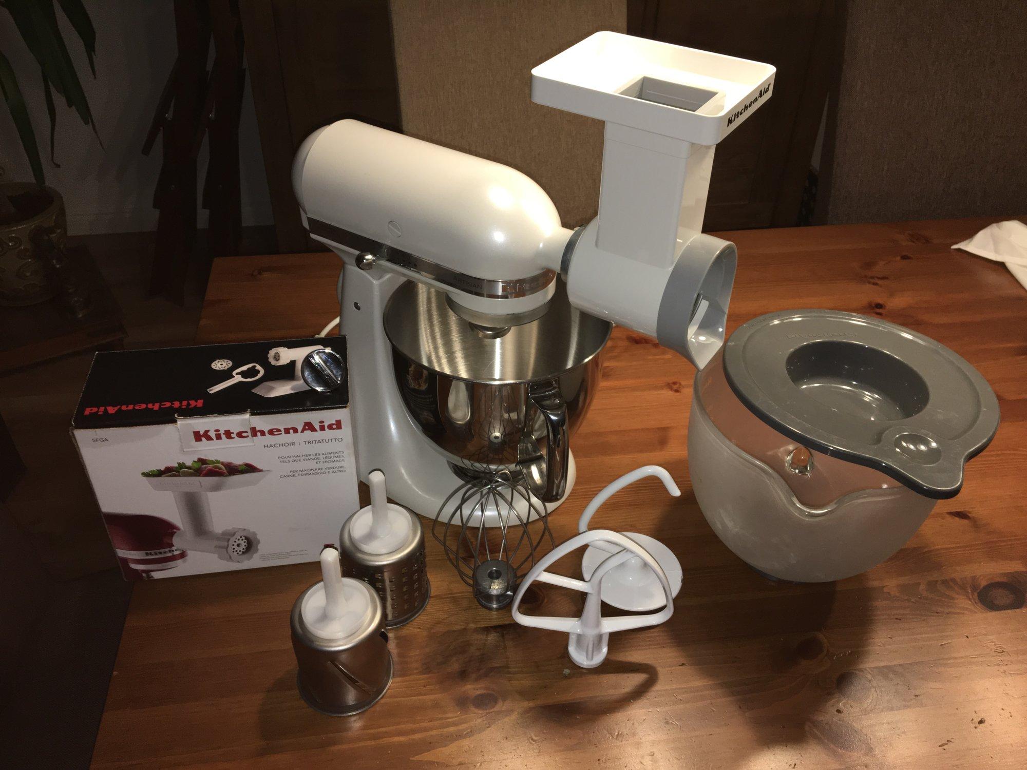 Verkaufe] - Kitchenaid Artisan Küchenmaschine Frosted Pearl ...