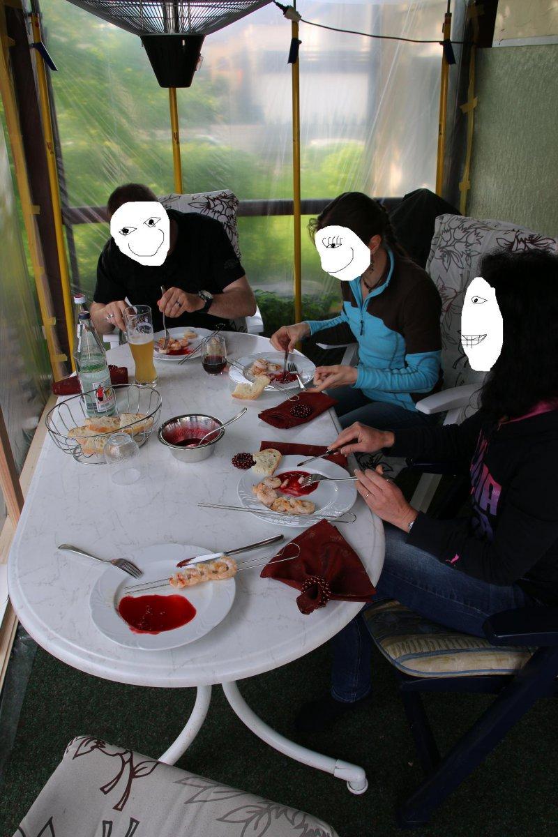 9 Tisch.JPG
