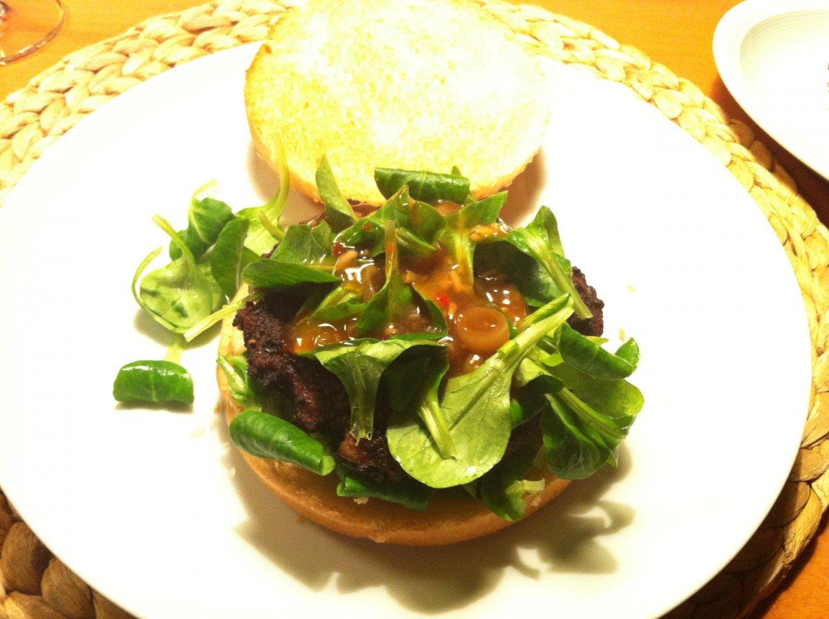 Asia- Burger.JPG