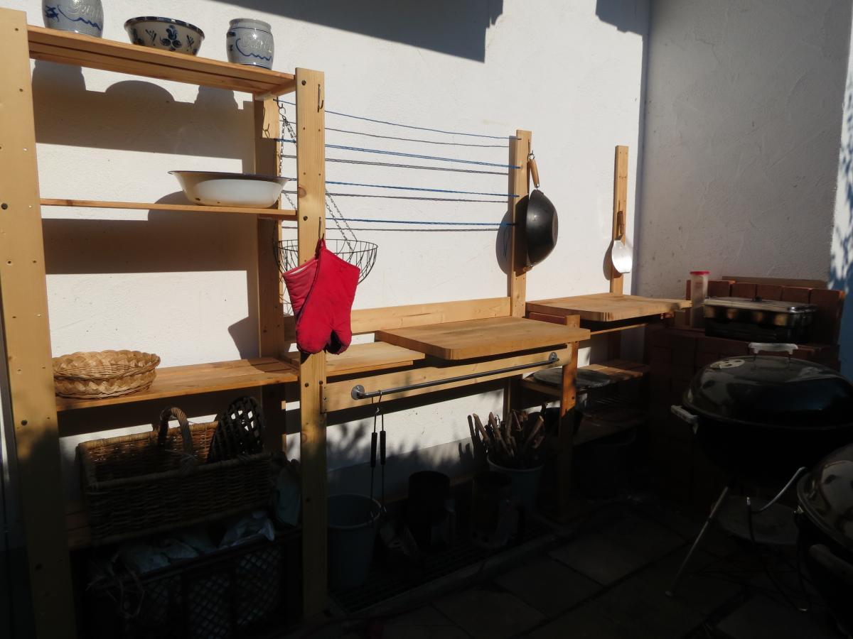 Aussenkuche Mit Ikea Holzregalen Grillforum Und Bbq Www