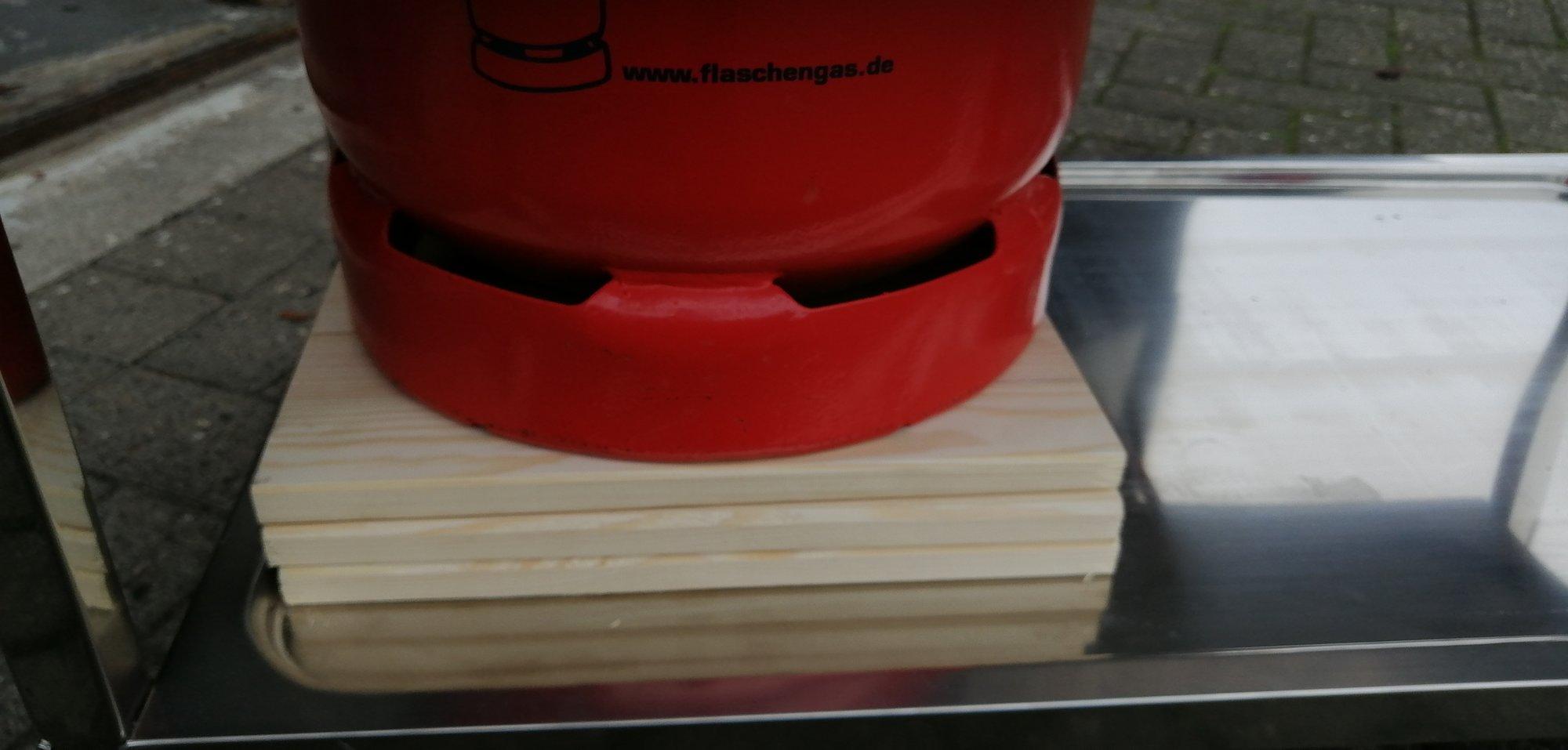 Beefer Holzunterlage.jpg