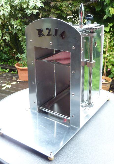 selbstbau eines oberhitze grills seite 138 grillforum und bbq. Black Bedroom Furniture Sets. Home Design Ideas