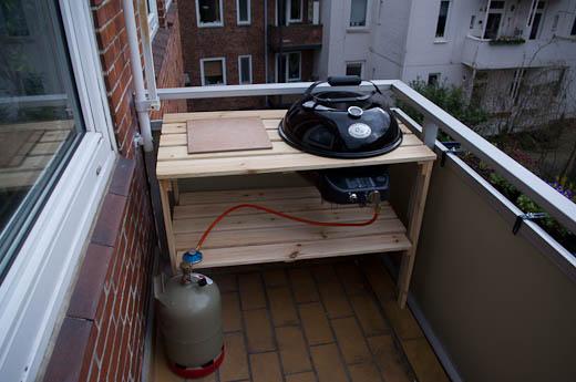 Balkon Grillstation mit Gaskugel gebaut | Grillforum und BBQ - www ...