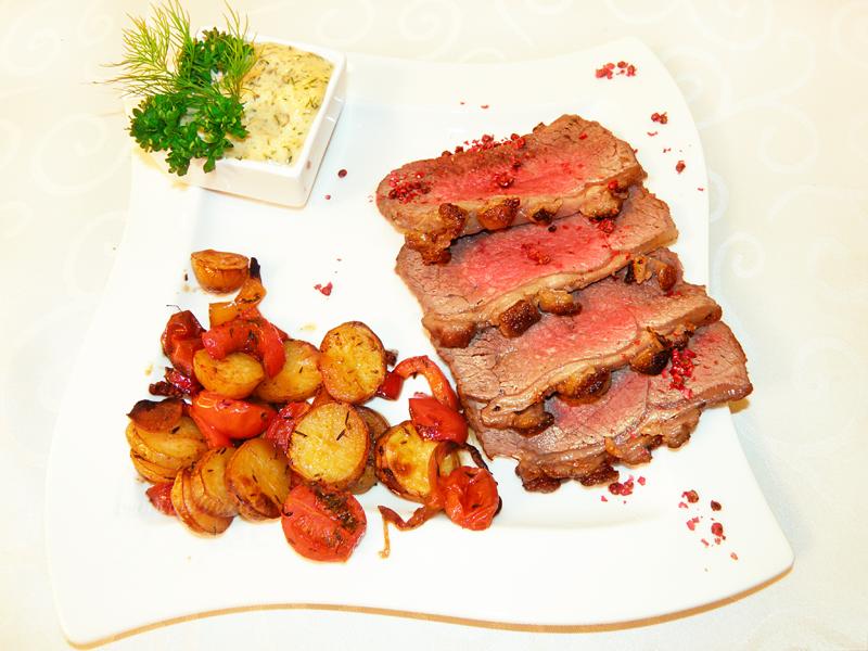 Bison Roastbeef Ofengemüse Remoulade (8) copyright.png