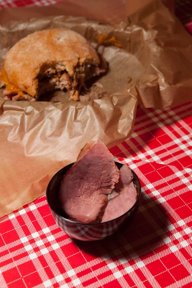 Boogeys BBQ Smokehouse Nürnberg Pulled Pork Sandwich und Pastrami-1.jpg