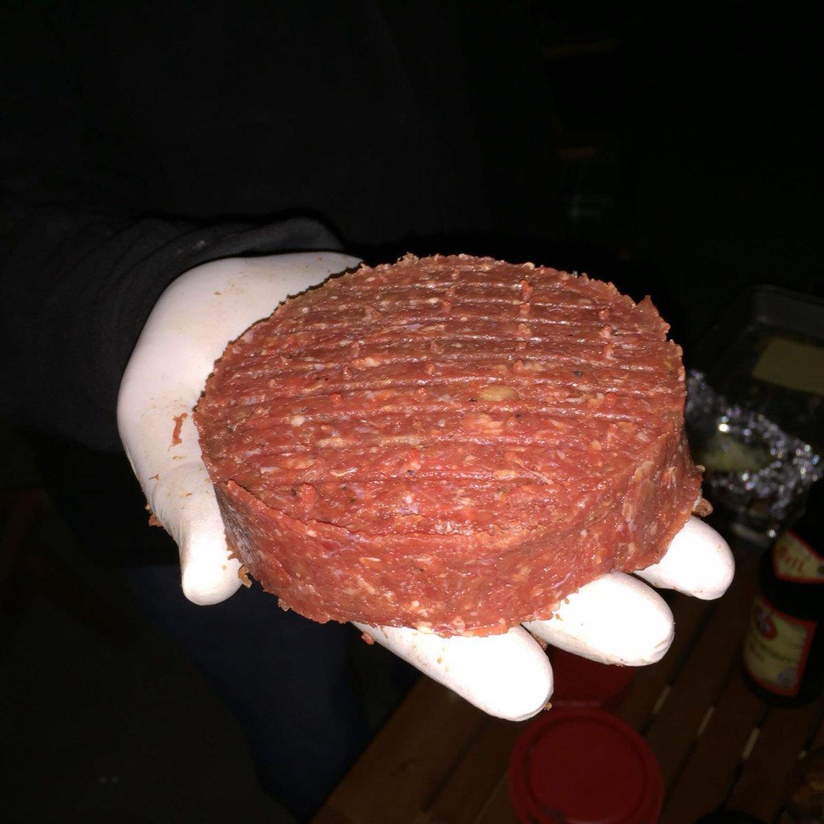 Burger 02.jpg