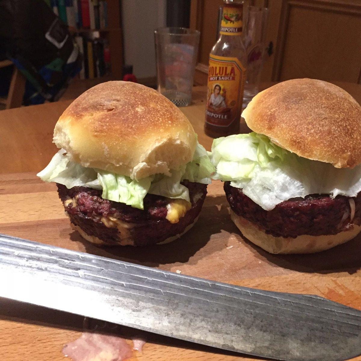 Burger 04.jpg