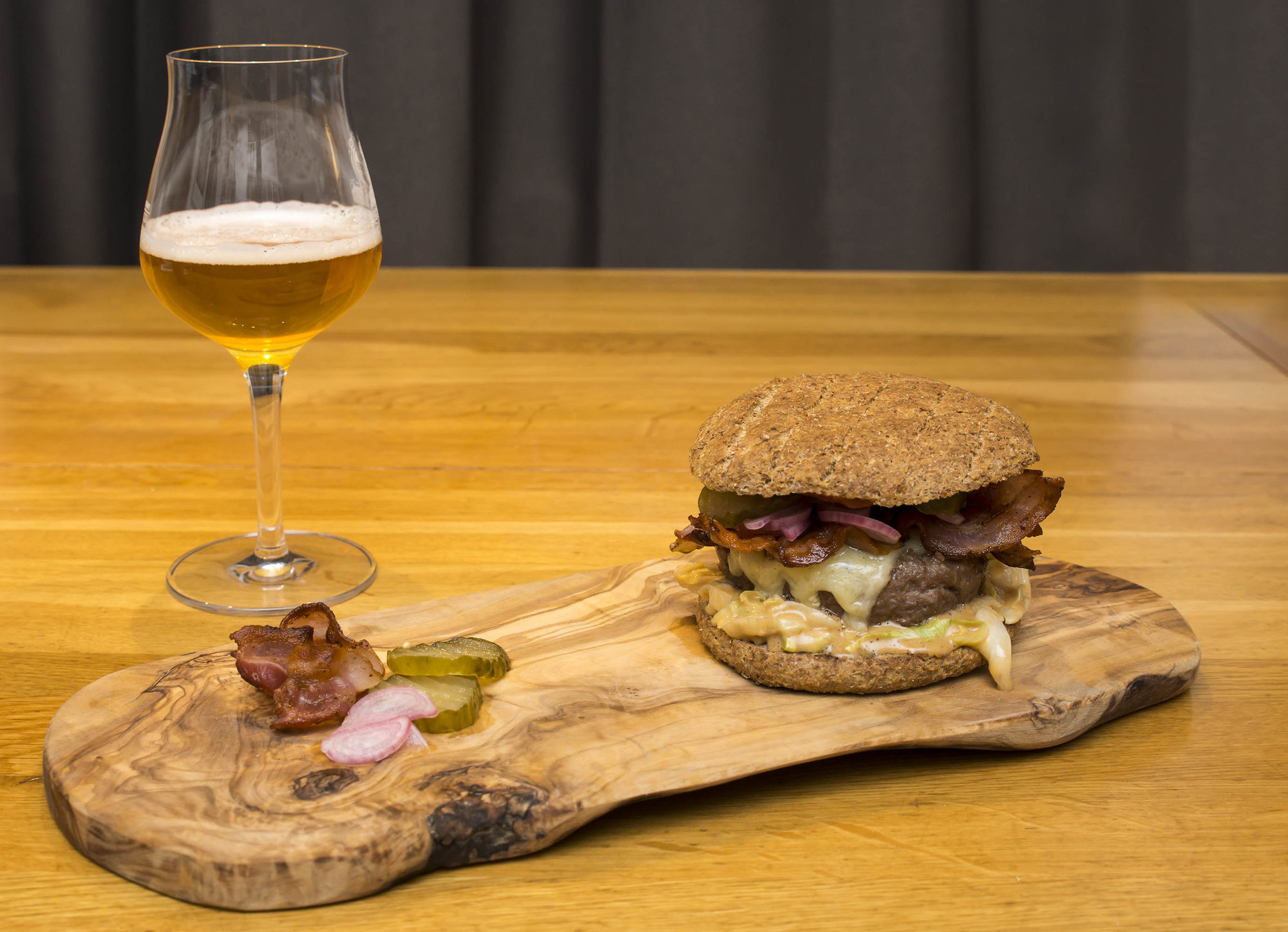 Burger Nr 18 - 018 klein.jpg